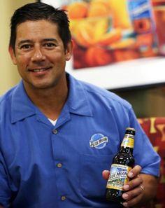 ¡El fundador de Blue Moon, Keith Villa, explica a SAL! cómo le llega la inspiración para crear nuevas cervezas!: http://www.sal.pr/?p=85155