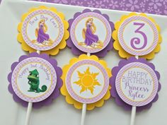 12 Tangled Rapunzel Birthday Party Cupcake by sweetheartpartyshop Rapunzel Birthday Party, Tangled Party, Disney Princess Party, 4th Birthday Parties, Girl Birthday, Rapunzel Disney, Tangled Rapunzel, Rapunzel Cupcakes, Rapunzel Costume