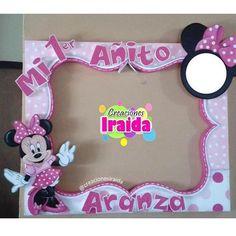 Resultado de imagen para decoraciones D Pinterest Media analytics | pikove Party Photo Frame, Party Frame, Photo Frame Prop, Minnie Birthday, 1st Birthday Girls, Birthday Diy, Birthday Parties, Minnie Mouse Theme, Birthday Party Centerpieces