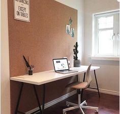 Kork rulle x x Room Inspiration, Interior Inspiration, Home Office, Office Desk, Cork Wall, Front Office, Break Room, Modern Kitchen Design, New Room