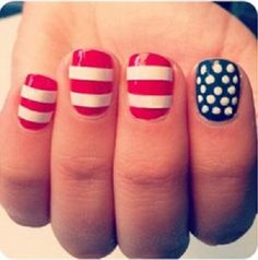 Hermosas uñas de bandera Americana - http://xn--decorandouas-jhb.com/hermosas-unas-de-bandera-americana/