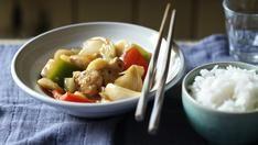 Lemon chicken recipe lemon chicken lemon and food bbc food recipes lemon chicken sweet and sour chicken forumfinder Images