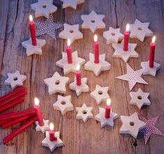 ▷ Decoration with stars - ideas for Christmas and DIY- ▷ Deko mit Sternen – Ideen zu Weihnachten und Selber machen ▷ Decoration with stars – ideas for Christmas and DIY Noel Christmas, Winter Christmas, Christmas Ornaments, Diy Ornaments, Dough Ornaments, Homemade Ornaments, Christmas Candle, Homemade Christmas, Diy For Kids