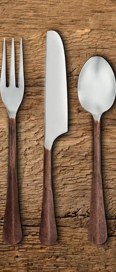 Inspired by antique place settings, our Slate Flatware Collection was created to capture a rustic appeal. A matte finish on each handle adds dimension and a multi-tonal appearance to the stainless steel, while a small crease in the handle adds an extra hint of handcrafted detail. #rustickitchen Rustic Light Fixtures, Rustic Lighting, Rustic Kitchen, Rustic Farmhouse, Rustic Dinnerware, Log Home Living, Modern Rustic Decor, Reclaimed Furniture, Natural Wood Finish