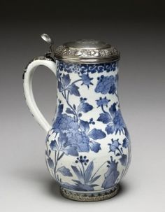 Tankard    Dutch metal with Japanese ceramics, 1670-1690    The Walters Art Museum