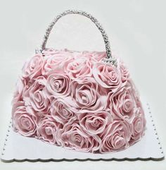 purse cake with pink roses Buttercream Cake, Fondant Cakes, Cupcake Cakes, Cake Fondant, Fondant Figures, Girly Cakes, Fancy Cakes, Shoe Cakes, Purse Cakes