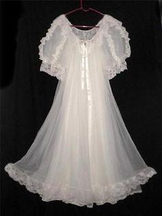 Vtg-Tosca-Small-Bridal-Set-NightGown-Gown-Robe-Peignoir-White-Chiffon-Nylon