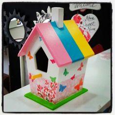 Kus evi/birdhouse Birdhouse, Crafty, Outdoor Decor, Fun, Ideas, Home Decor, Bird Houses, Interior Design, Home Interior Design