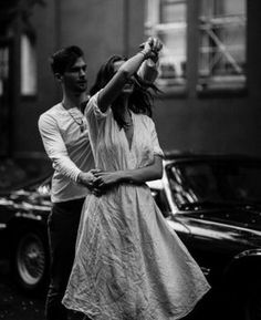 Beautiful black and white couple photography Photo Couple, Love Couple, Couple Goals, Couple Shoot, Photos Amoureux, Black And White Couples, Black White, Nail Black, White Nails