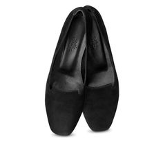 """Holly Hermes ladies' moccasin in black suede goatskin, black lining, and leather sole<br><br><span style=""""color: #F60;"""">This item may have a shipping delay of 1-3 days.</span><br><br>"""