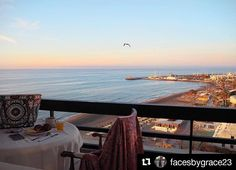 Desayunando con vistas  ・・・ A birds eye view for breakfast! The most incredible sunrise I've ever witnessed #relax #holiday #escapada #hotel #hotellabarracuda #viajes