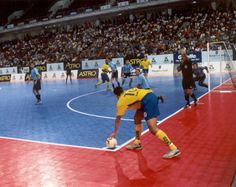 We supply and fit Taraflex® Futsal – a sports surface especially design and manufactured for Futsal courts.