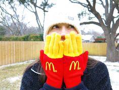 ありそうでなかった!マクドナルドのキュートなノベルティ手袋 | AdGang