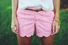 Lilly Pulitzer pink gingham buttercup shorts via Brianna Ostrowski photography