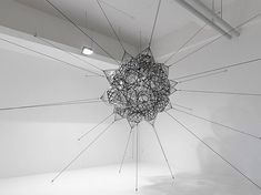 """Argentine artist Tomas Saraceno is one of the most interesting contemporary artists working in the field of big """"installations. Glass Installation, Artistic Installation, Abstract Sculpture, Sculpture Art, Spider Art, Spider Webs, Artwork Images, Beautiful Mind, Land Art"""