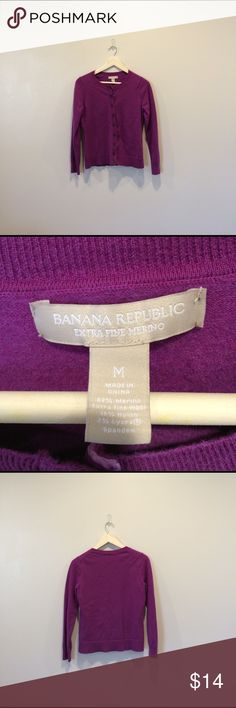 Banana Republic Merino Wool Cardigan M Stunning Medium Cardigan From Banana Republic. It is in EUC only showing minimal signs of wear. Would be a lovely addition to someone's wardrobe. No trades offers welcome 💕 Banana Republic Sweaters Cardigans