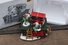 Dept 56 Heritage Village Collection Untangle The Christmas Lights #56374