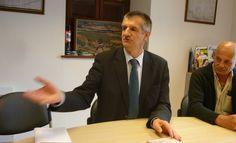 Dans la 4ème circonscription des Pyrénées-atlantiques le député sortant et le candidat socialiste se livrent une bataille sur le terrain des collectivités locales