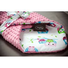 Baby Car Seats, Children, Pink, Young Children, Boys, Kids, Pink Hair, Roses, Child