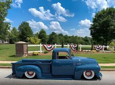 """Carolina Car Shows on Instagram: """"Happy 4th of July! 🇺🇸🇺🇸🇺🇸🇺🇸🇺🇸🇺🇸 #july4th #happy4thofjuly #chevy3100truck #classicchevytrucks #chevy3100 #adtrucks #fivewindow…"""" Happy4th Of July, July 4th, Chevy 3100, Classic Chevy Trucks, Gm Trucks, Car Show, Instagram, 4th Of July"""