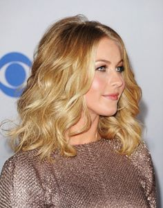 The hottest Hairstyle trends in 2014 ... Wavy lob Julianne-Hough-Hairstyle-Long-Curly-Wavy-Blond-Hair └▶ └▶ http://www.pouted.com/?p=36125