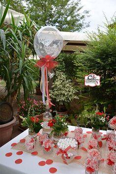 Allestimento tavoli per una festa di laurea allestimento for Addobbi per laurea