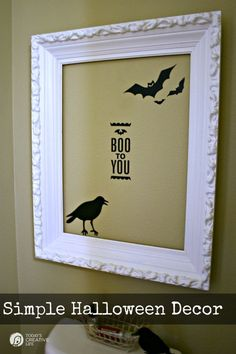 Silhouette Cameo Halloween Projects | Simple Halloween Wall Decor | Find more creative ideas on TodaysCreativeLife.com