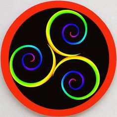Modern Triskele Spiral