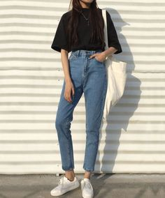 Hipster Outfits, Korean Casual Outfits, Hipster Girls, Hipster Fashion, Teen Fashion Outfits, Mode Outfits, Retro Outfits, Cute Casual Outfits, Simple Outfits
