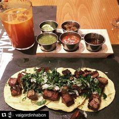 ¿Taquitos de lengua y una michelada? ¡Ya es viernes!  _________ #Repost @vaigordinhabcn  Taco de língua y michelada😋#vaigordinha #vaigordinhabcn #foodporn #foodie #foodlover #foodpics #comidamexicana #mexicanfood #barcelona #tacos #michelada #felizviernes