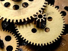 Gear, set of sprockets and parts that fit together and form part of a mechanism or a machine.