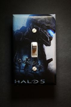 Halo 5 Master Chief Light Switch Plate Cover gamer room home decor comic book video games Microsoft Xbox One gaming by ComicRecycled on Etsy