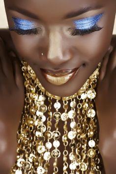 Isn't gold beautiful on an African woman skin?  @Paula Knight-Osborne | #lovepko