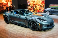 / News / 2017 Chevrolet Corvette Grand Sport Bridges C7 Stingray and Z06 Everyt