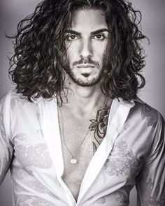 Enrico Omri Ravenna @enrico.ravenna Instagram profile - Pikore