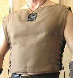 Should we ever do a Game of Thrones-type theme :: Medieval Celtic Viking Barbarian Sleeveless Shirt. Celtic Costume, Costume Viking, Vikings Costume Diy, Viking Cosplay, Warrior Costume, Renaissance Costume, Renaissance Fair, Medieval Fashion, Medieval Clothing
