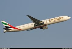 A6-ENS   Boeing 777-31HER   Emirates   JetPhotos