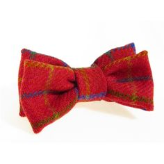 Donegal tweed bow tie. Stylish gifts for men at Tweedmans Vintage.