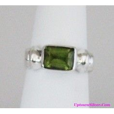Silpada Artisan Jewelry Emerald Cut Green Peridot Size 7 Shiny 925 Sterling Silver Square Ring Retired Rare