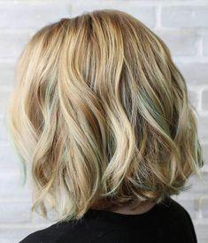 golden+blonde+wavy+bob+hairstyle                                                                                                                                                                                 More