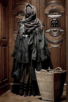 Love the tiered cape with ruffle hem - - - - Frau Holle (Schloß Elisabethenburg,Thüringen)