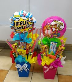 Candy Bouquet, Ideas Para, Diy Gifts, Basket, Snacks, Artwork, Crafts, Boxes, Candy Gift Baskets