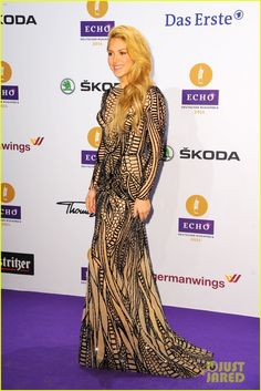 shakira self titled album debut at number two 15 Shakira and Kylie Minogue both walk the purple carpet at the 2014 Echo Music Awards held on Thursday (March 26) in Berlin, Germany.    Also in attendance was rising…