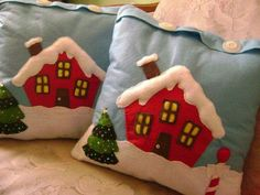 Almofada Christmas Sewing, Christmas Embroidery, Christmas Love, Christmas Crafts, Christmas Ornaments, Christmas Cushions, Christmas Pillow, Felt Ornaments, Papa Noel