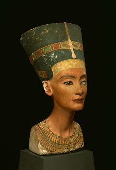 Interesting article on Tut's tomb and latest hypothesis.