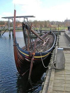 Viking Ships of Roskilde Ancient Vikings, Norse Vikings, Viking Ship, Viking Age, Old Sailing Ships, 17th Century Art, Old Norse, Wooden Ship, Luxor Egypt