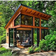 Awesome Modern Tiny House Exterior Design Ideas - There are singles, couples and even families who are opting to live in tiny homes and spend most of their lives traveling and exploring new places. Tiny House Cabin, Tiny House Design, My House, Cabin Design, Loft Design, Design Case, Wood House Design, Tropical House Design, Modern Design