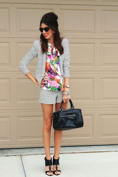 #stripes   Blazer and shorts #2dayslook #Blazer and shorts style #newstylefashion  www.2dayslook.com