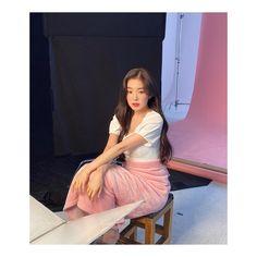 Media added by IRENE ( with caption: 💐🌱💕 - Seulgi, South Korean Girls, Korean Girl Groups, Red Velvet Irene, Daegu, Me As A Girlfriend, Korean Singer, Kpop Girls, High Waisted Skirt