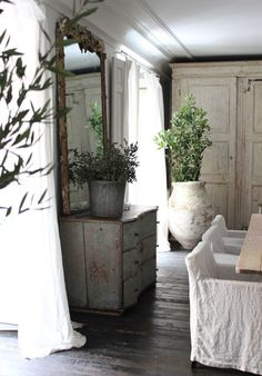 Emplacement salon parfait new home - Luxury Today French Decor, French Country Decorating, Swedish Decor, Home Luxury, Provence Style, Cool Ideas, Wabi Sabi, Beautiful Interiors, Shabby Chic Decor